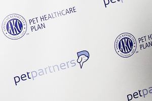 Pet Partners and AKC Step & Repeat their Logos in Blue and White